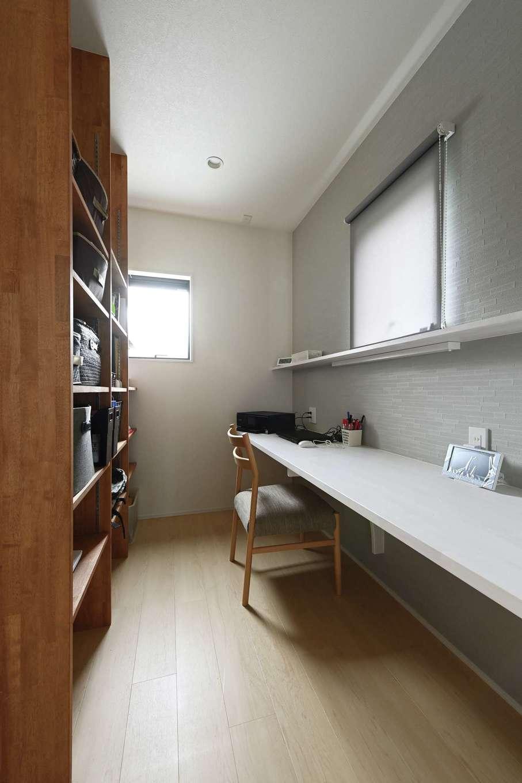 内田建設【デザイン住宅、子育て、収納力】1階にはご主人念願の書斎も