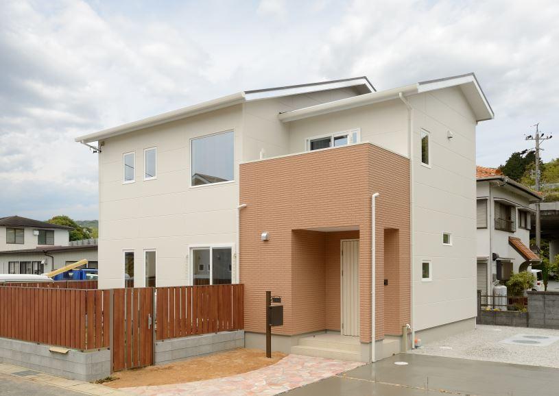 外壁は地震や台風などの自然災害に強く耐火性や遮音性も高いALC外壁材が標準装備