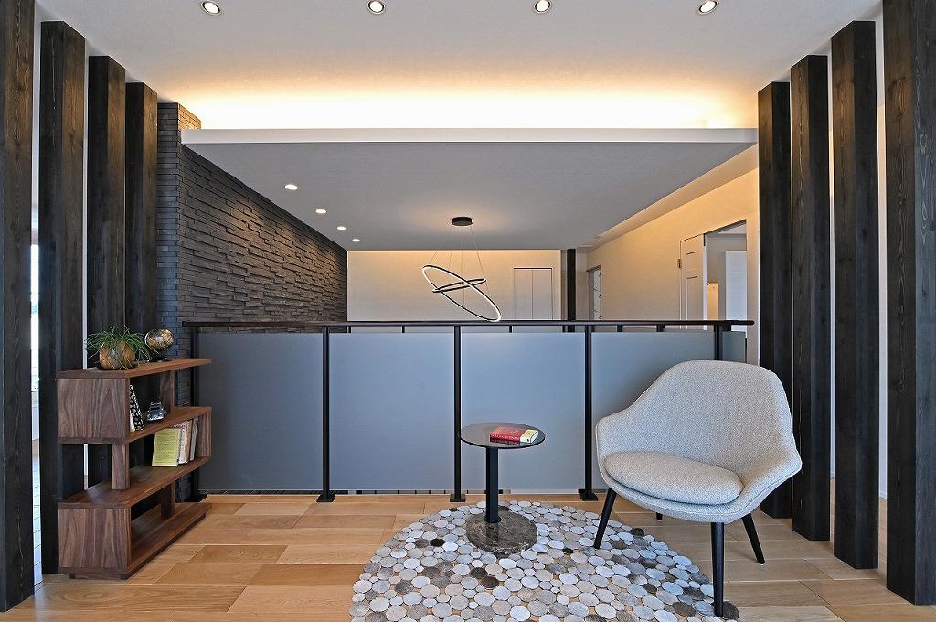 クレバリーホーム浜松東店【浜松市南区南区青屋町400 ・モデルハウス】2Fのホールは吹き抜けを通してリビングとつながる、いこいの空間