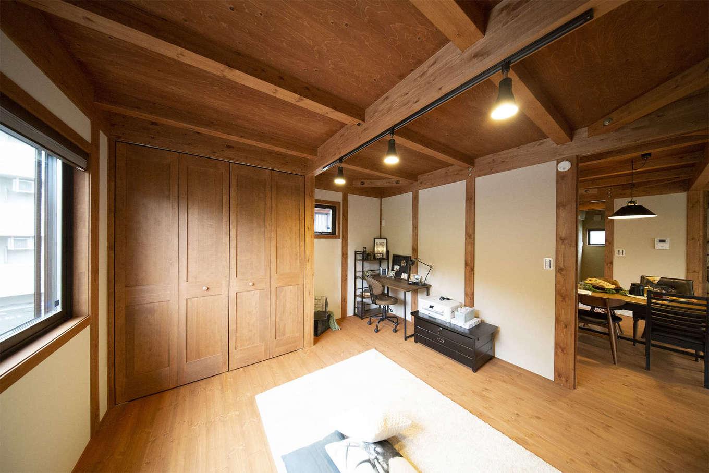 BinO清水 ブルーワン【自然素材、ペット、平屋】子ども部屋としても、ご主人の書斎としても使える洋室