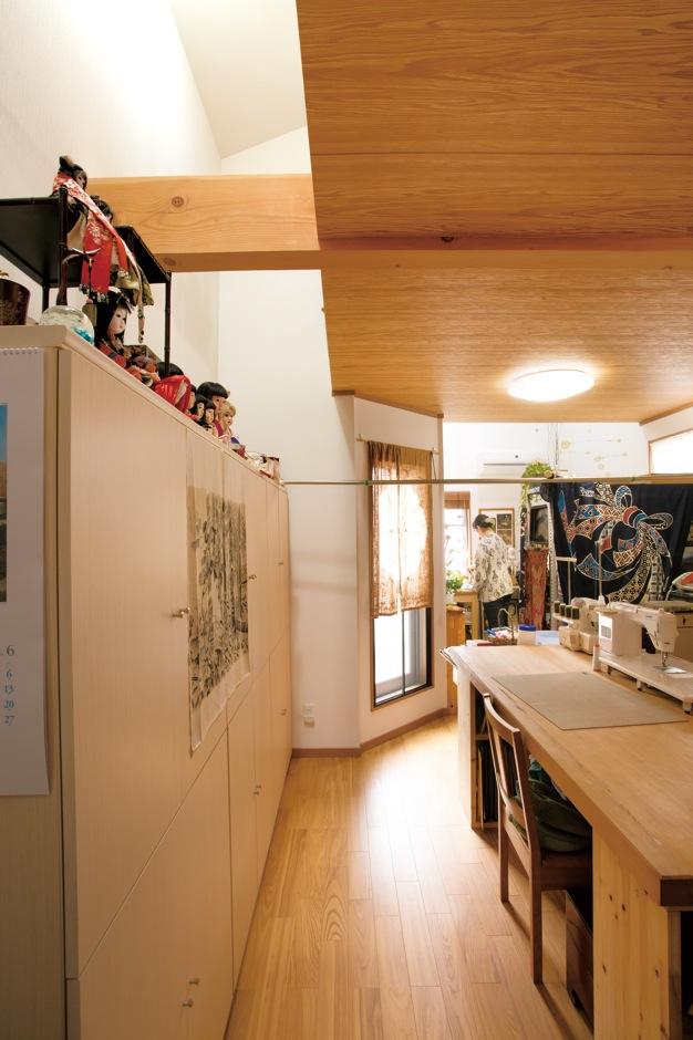 世界観のある工房 趣味部屋に文化が薫る家