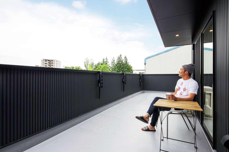 SEVEN HOUSE/セブンハウス【デザイン住宅、輸入住宅、インテリア】2階のバルコニーも広々設計。気候のいい時期には、ここでコーヒーやお酒を飲むのも楽しい