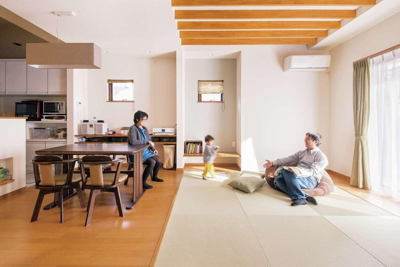 SEVEN HOUSE/セブンハウス【子育て、収納力、間取り】シンプルな空間だが、一部素材感や色の異なるインテリアを使ったことで、ポップな印象もある