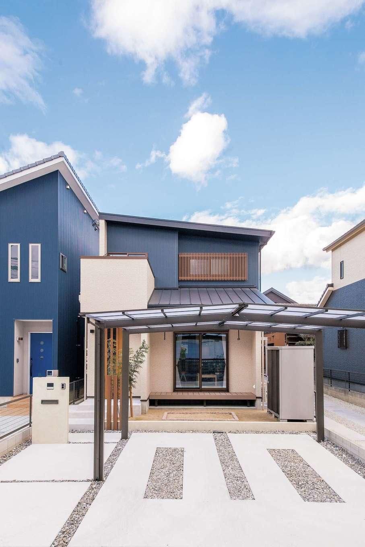SEVEN HOUSE/セブンハウス【子育て、収納力、間取り】日本家屋のテイストも取り入れた外観。大きなひさしが、家の中に入る光の量をコントロール