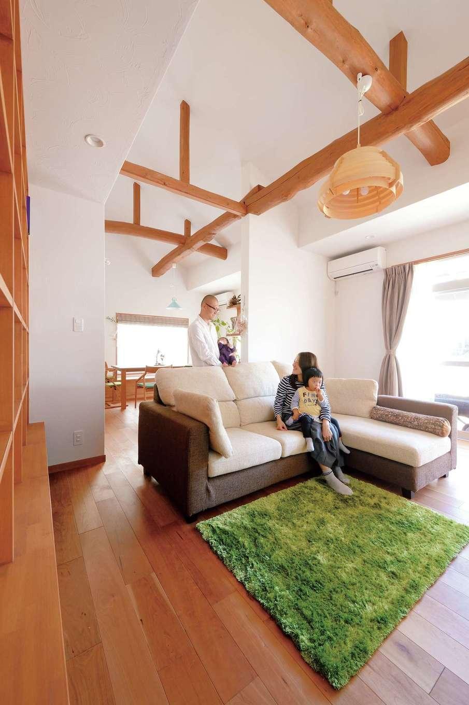 ボタニカルな雰囲気に癒される 自然素材の平屋の家が実現