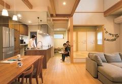 太陽熱で年中快適に過ごせる OM ソーラーの木の家