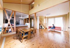 10年経っても快適&省エネな OMソーラーと自然素材の家