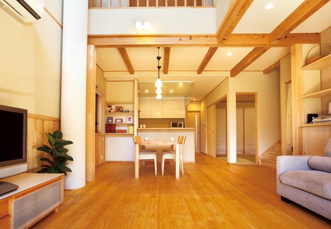 ソーラーホーム/OMソーラーの家【自然素材、省エネ、間取り】リビング階段、和室、水回りがまとまり、生活動線が便利