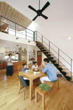 共働き夫婦にやさしい高性能&低燃費なZEH住宅