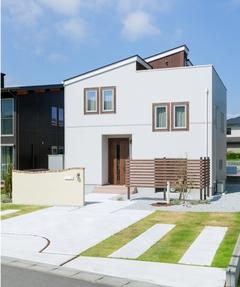 『家族と空がつながる』屋上ガーデンのある家