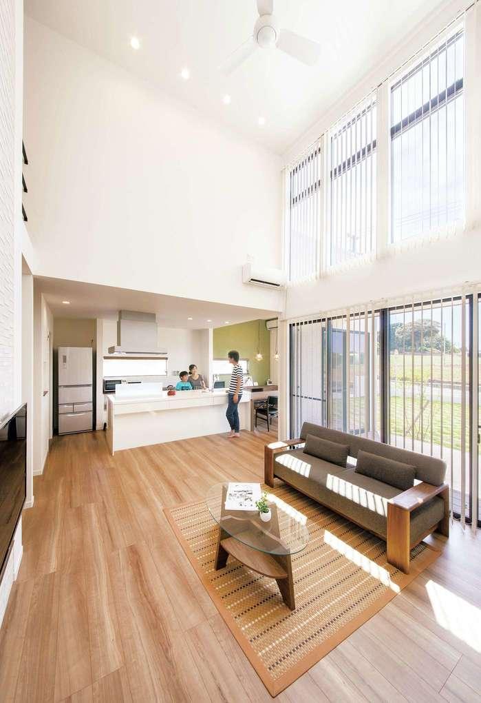 自由設計で叶えた、キッチンを中心に家族が寄り添う家