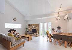 変形地をプラスに転換! 楽しい空間いっぱいの2世帯住宅