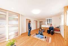 外気温0℃の時に無暖房で15℃をキープ! 自然素材の「低燃費」な家