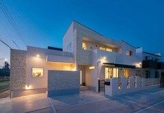 地元工務店と建築家がコラボしたデザイン住宅