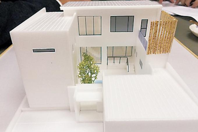 建築家に支払う設計費用はおよそ半額