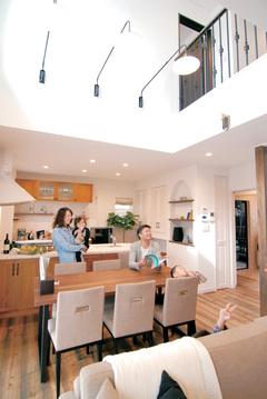 暖かさと空気の質が違う! 床暖房要らずのあたたかい家