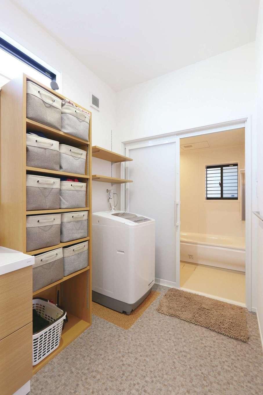 丸昇彦坂建設【デザイン住宅、収納力、間取り】洗濯、部屋干し、収納まで1か所で完結できるランドリールーム