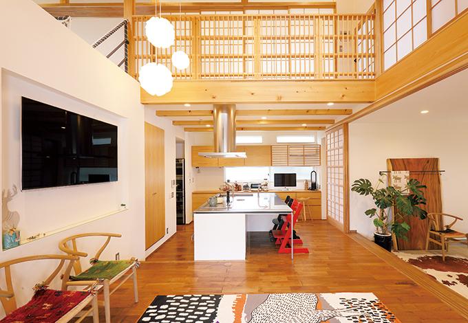 丸昇彦坂建設【和風、自然素材、インテリア】「コテコテの和風住宅は苦手」というご主人の声に応え、『ヒコケン』が自然素材と北欧家具とのマッチングを提案。購入先を教えてくれたり、 コーディネートもアドバイスしてくれた