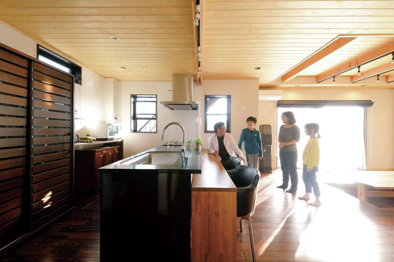 光と風と自然素材が心地いい! 外張り断熱と地中熱対流の「木の家」