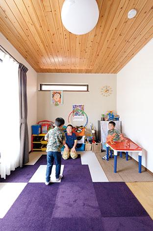 タツミハウジング【1000万円台、子育て、自然素材】2階に設けたプレイルーム