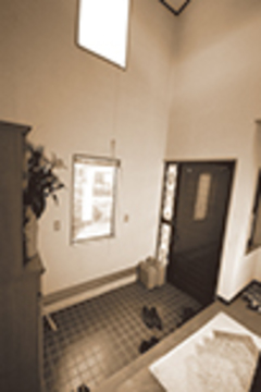 リフォーム以前の玄関。
