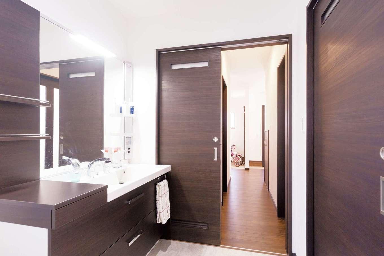 irohaco (アヴァンス)【子育て、収納力、間取り】玄関から洗面室へ直行できる間取り。キッチンが隣で家事も楽々