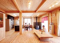 老後を健康で快適に過ごす 薪ストーブのある板倉の家