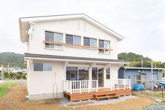 ~完全予約制 完成見学会~北区細江町気賀「西海岸カリフォルニアスタイル スキップフロアの家」