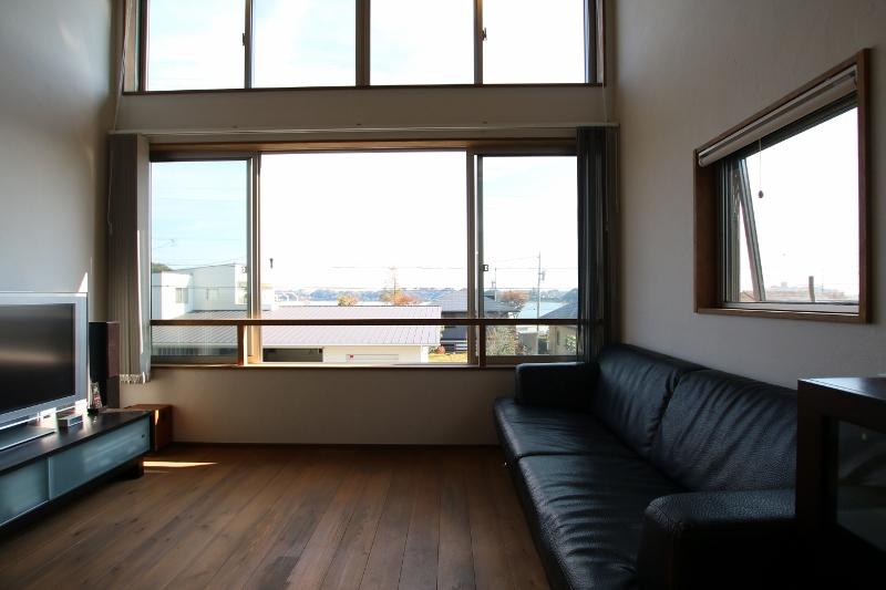 Select工房【デザイン住宅、趣味、ガレージ】景色を最大限に楽しめるリビング