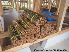 自然素材100%の断熱材 夏は涼しく冬は暖かい! 湿度も自然に調節する「土壁」を使った家づくり 竹小舞土壁 ㈱カネタケ竹内建築のこだわり