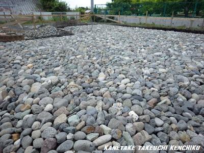 期間限定! 基礎工事 『割栗石』 ご覧いただけます! 一棟入魂の家造り ㈱カネタケ竹内建築