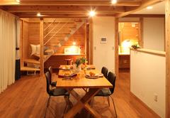 オール無垢のJパネル構法で建てる自然派住宅