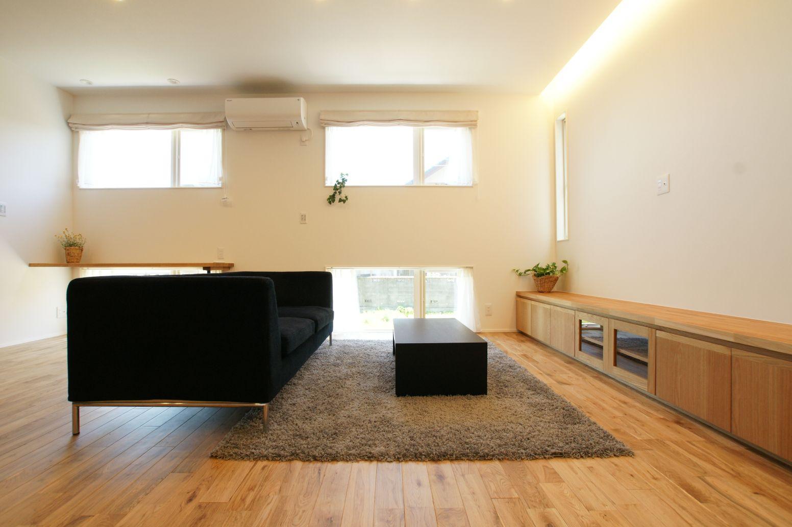 RIKYU (リキュー)【デザイン住宅、間取り、インテリア】外のひかりをふんだんに取り入れ開放的な印象に