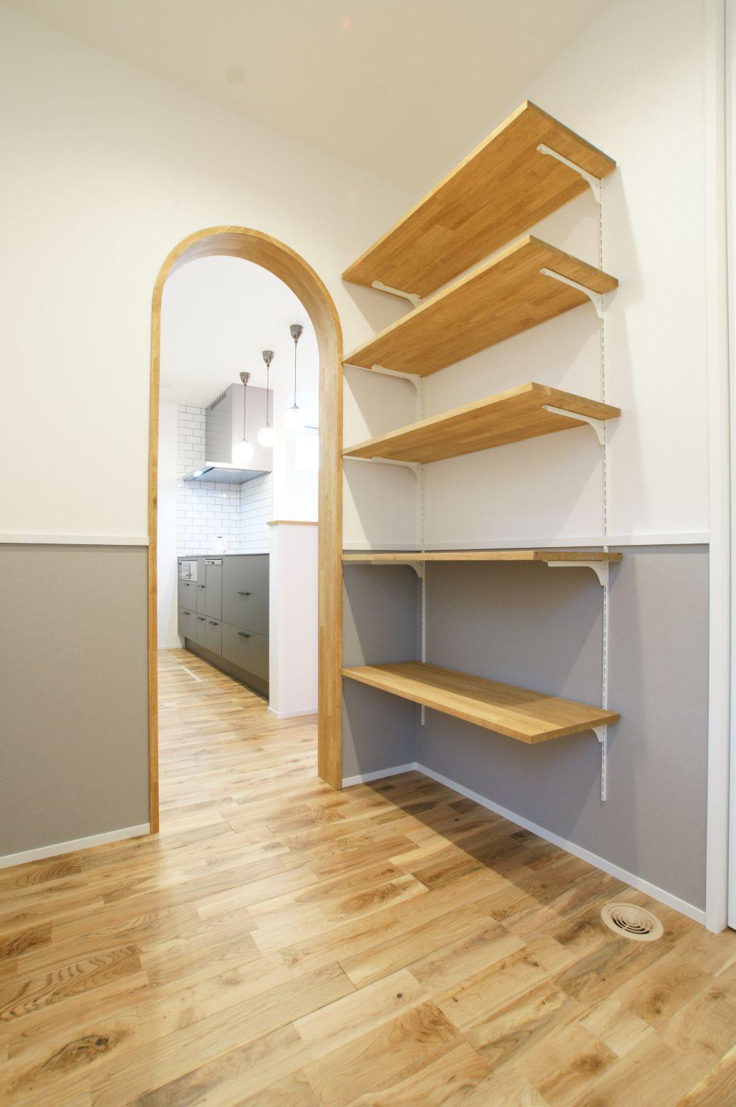 RIKYU (リキュー)【デザイン住宅、間取り、インテリア】アーチ型の造作などセンスの良さが光る