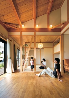 調和の妙がもたらした 上質で美しい、無垢の木の家