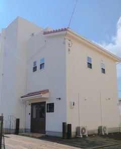 2階リビングと吹き抜け 屋上のあるフレンチミックススタイルのお家