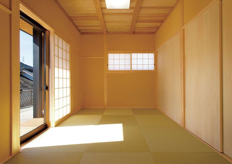 深見工務店 S-style【収納力、自然素材、間取り】LDKとつながった和室。押入れの一部は、実は廊下側からも利用できる