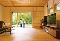 憧れのスローライフを満喫する自然素材100%の平屋建て