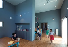 「色」を主体にデザインした ヨーロピアンスタイルの家