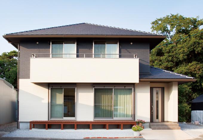建築工房ハミング【収納力、自然素材、省エネ】オール無垢&自然素材の室内とのギャップが面白いシンプルモダンの外観