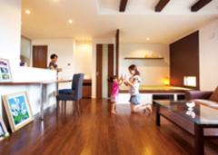 「好き」と「コストダウン」の両立大工とつくる二世帯の家