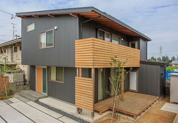 あだちの家。足立建築【デザイン住宅、省エネ、間取り】外壁はほぼメンテナンスフリーで、コストパフォーマンスも優れるガルバリウム鋼板を採用