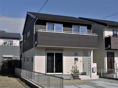【南浅田二丁目・分譲B】L形配置でゆったりLDKの3LDK+小屋裏収納