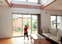 木造住宅の常識を超えた大空間でおおらかに暮らす
