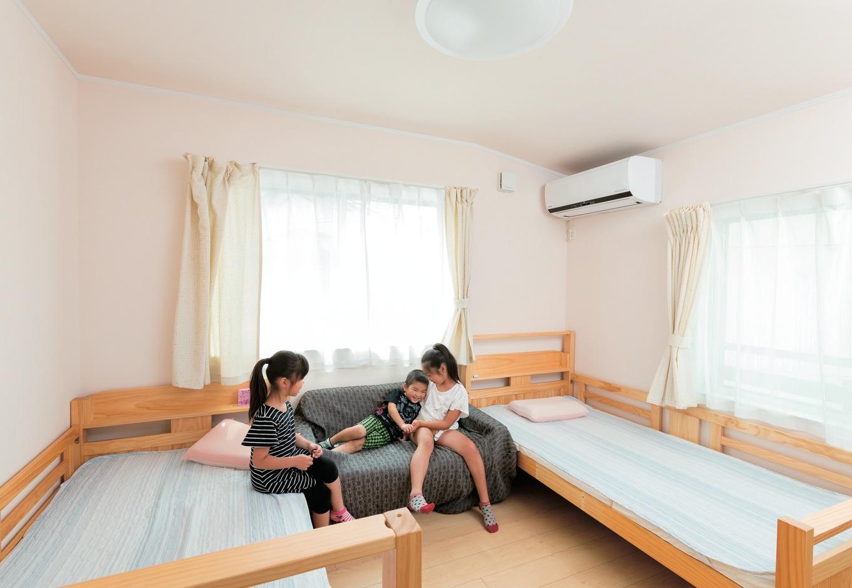 アイフルホーム焼津店 (三住建設)【子育て、省エネ、間取り】後から間仕切りするにしてもコストがかかるので、子ども部屋は最初から3つ用意。小さいうちは兄弟みんなで行き来する