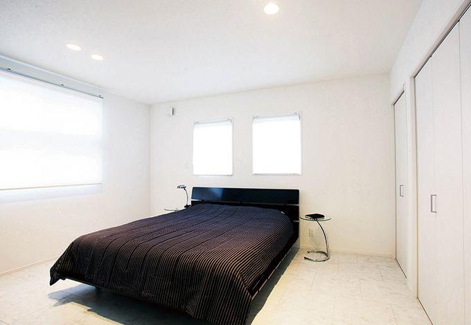 アイフルホーム焼津店 (三住建設)【デザイン住宅、夫婦で暮らす、ガレージ】夜過ごすことが多い寝室の照明はLEDにして電力消費を軽減