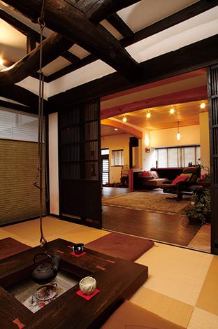 戸田工務店|古材と新材、和と洋を融合させることで今までにない魅力ある 空間が生まれた。モダンな家具や照明との相性も◎
