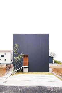 「意匠の高み、上質の極み」を体現したシンプルな家