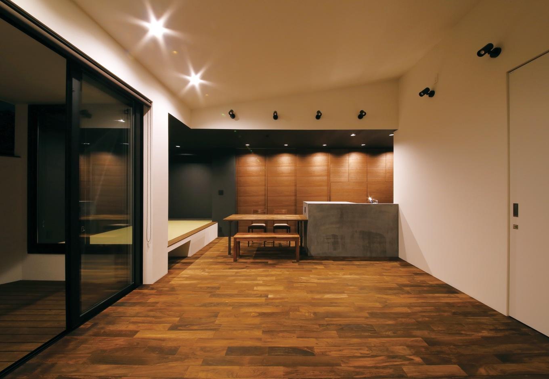 木造では不可能とされた9mスパンで構造評定を取得したことで、SE構法ならではの開放的な空間と可変性のある間取りが実現