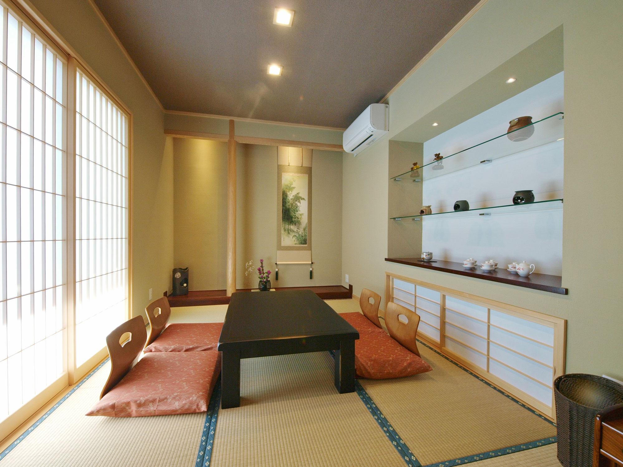 岩田建築【デザイン住宅、趣味、高級住宅】リビングに隣接した6帖の客間